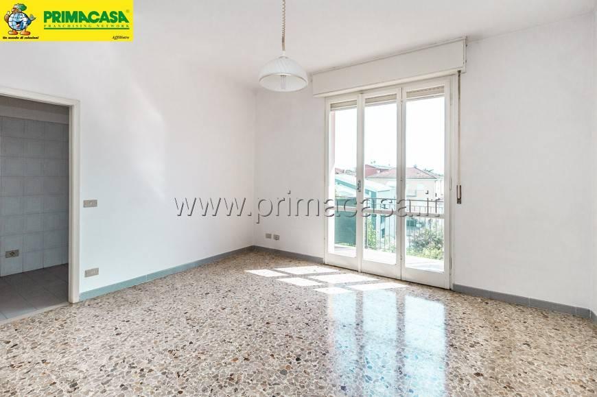 Appartamento in buone condizioni in vendita Rif. 7611361