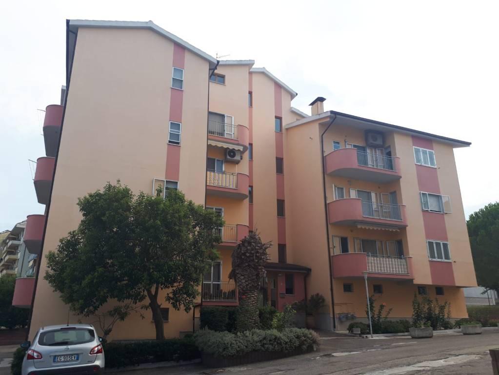 Appartamento 5 locali in vendita a Larino (CB)
