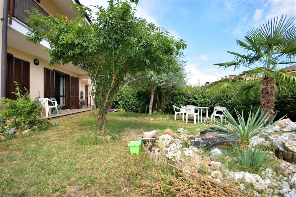 Appartamento in ottime condizioni in vendita Rif. 7619950