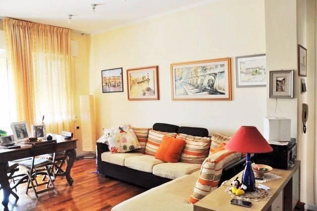Appartamento in ottime condizioni parzialmente arredato in vendita Rif. 7620718