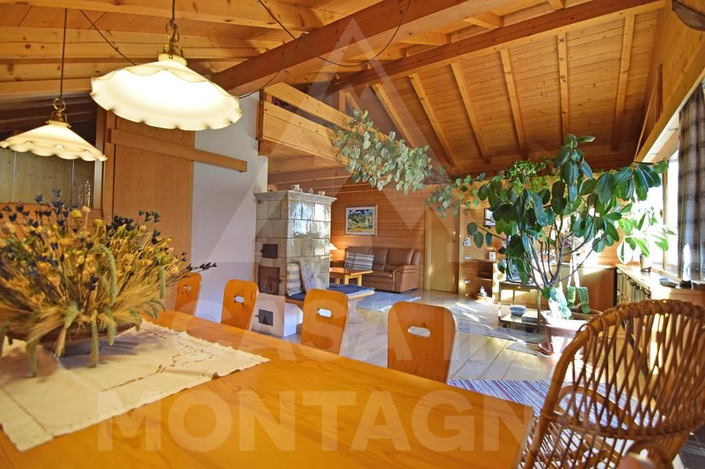 Appartamento in ottime condizioni arredato in vendita Rif. 8271439