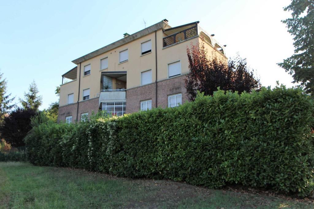 Appartamento in ottime condizioni in vendita Rif. 7619573