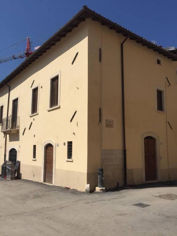 Appartamento trilocale in affitto a L'Aquila (AQ)