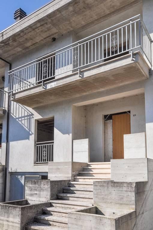Casa Indipendente in vendita Rif. 7630369
