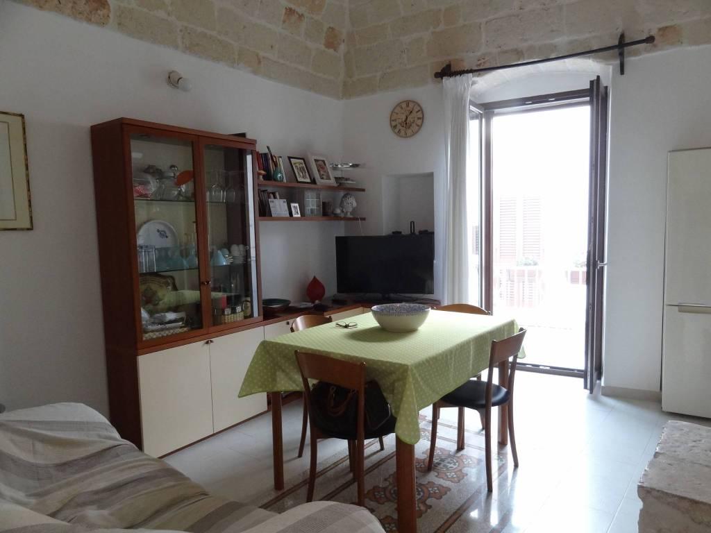 Stabile / Palazzo in ottime condizioni parzialmente arredato in vendita Rif. 7642676