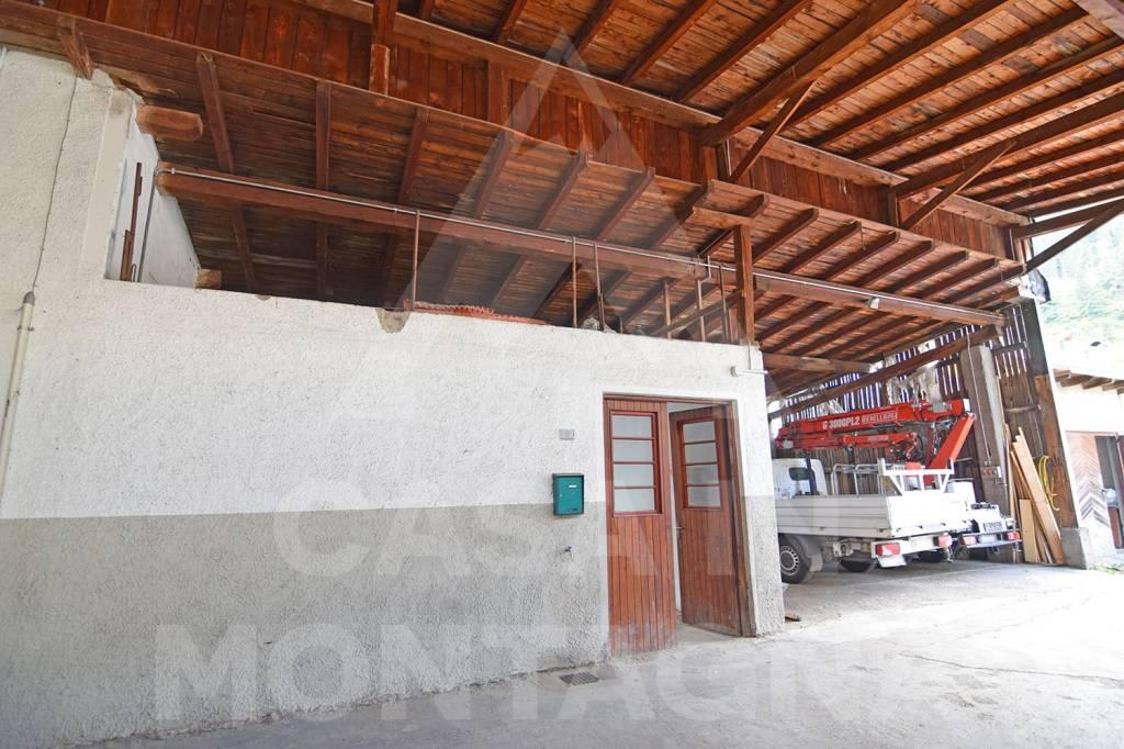 Stabile / Palazzo in vendita Rif. 8271440
