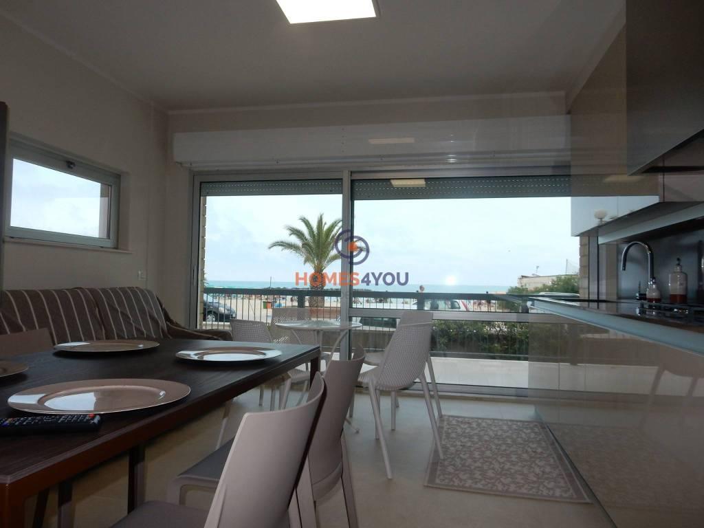 Appartamento in ottime condizioni arredato in affitto Rif. 7643821