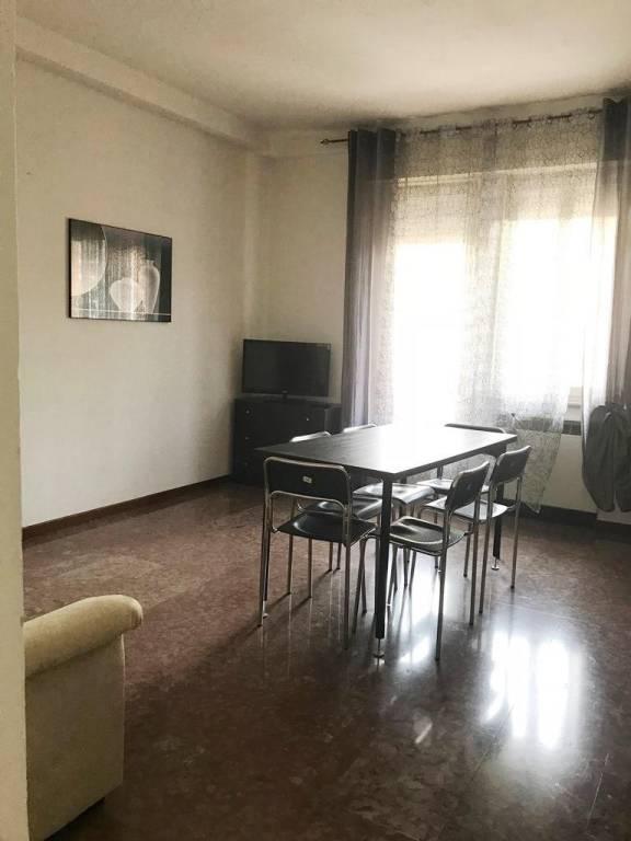 Appartamento in ottime condizioni arredato in affitto Rif. 7437599