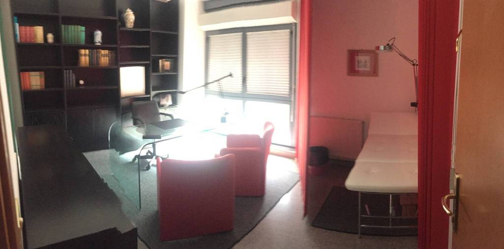 Ufficio/Studio arredato con 2 stanze + sala attesa Rif. 8452169