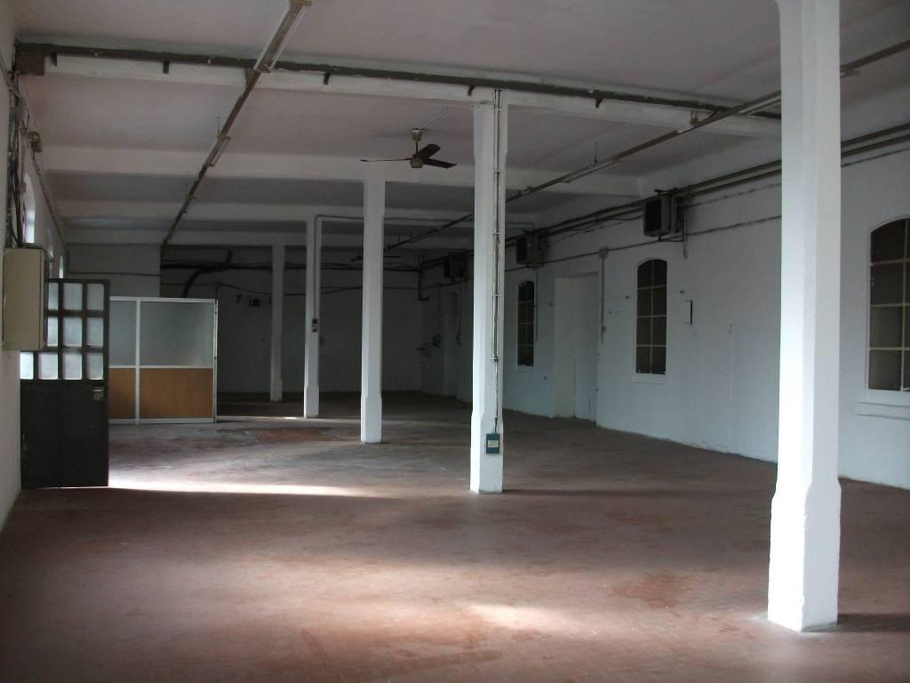 CORSO DELLA VITTORIA capannone uso laboratorio Rif. 7655212