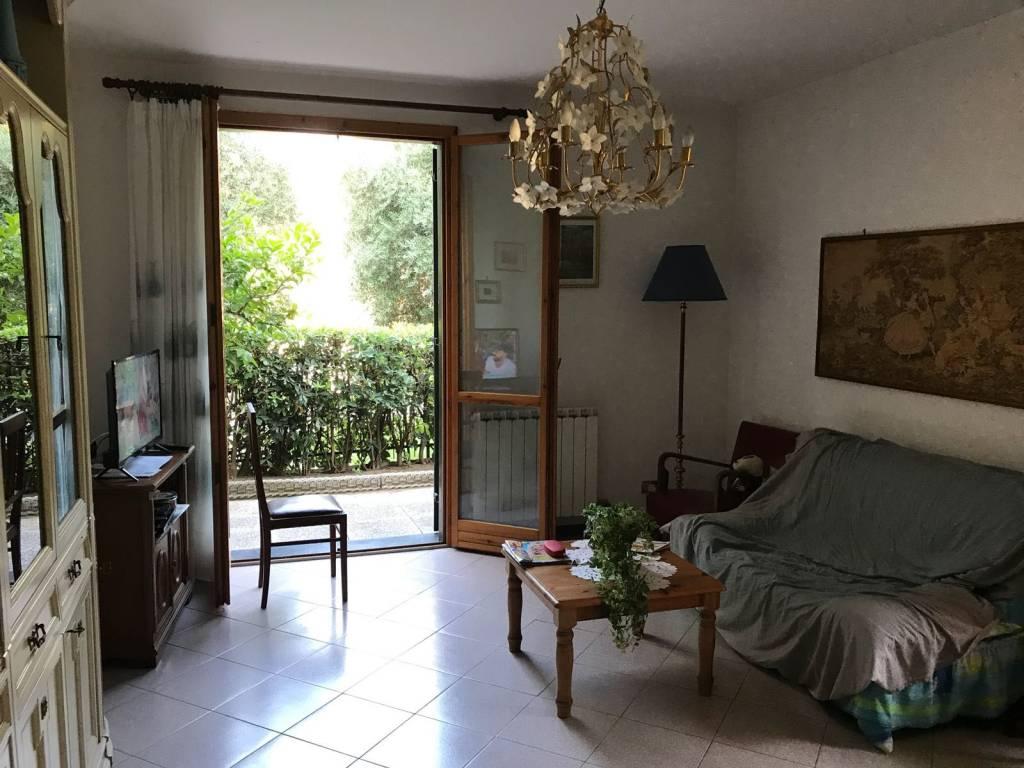 Appartamento in ottime condizioni parzialmente arredato in vendita Rif. 7663253