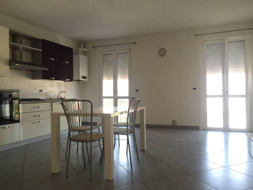 Appartamento arredato in affitto Rif. 7663173
