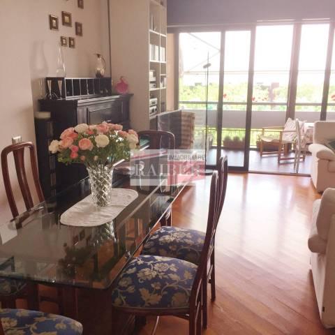 Appartamento in ottime condizioni parzialmente arredato in vendita Rif. 6460955