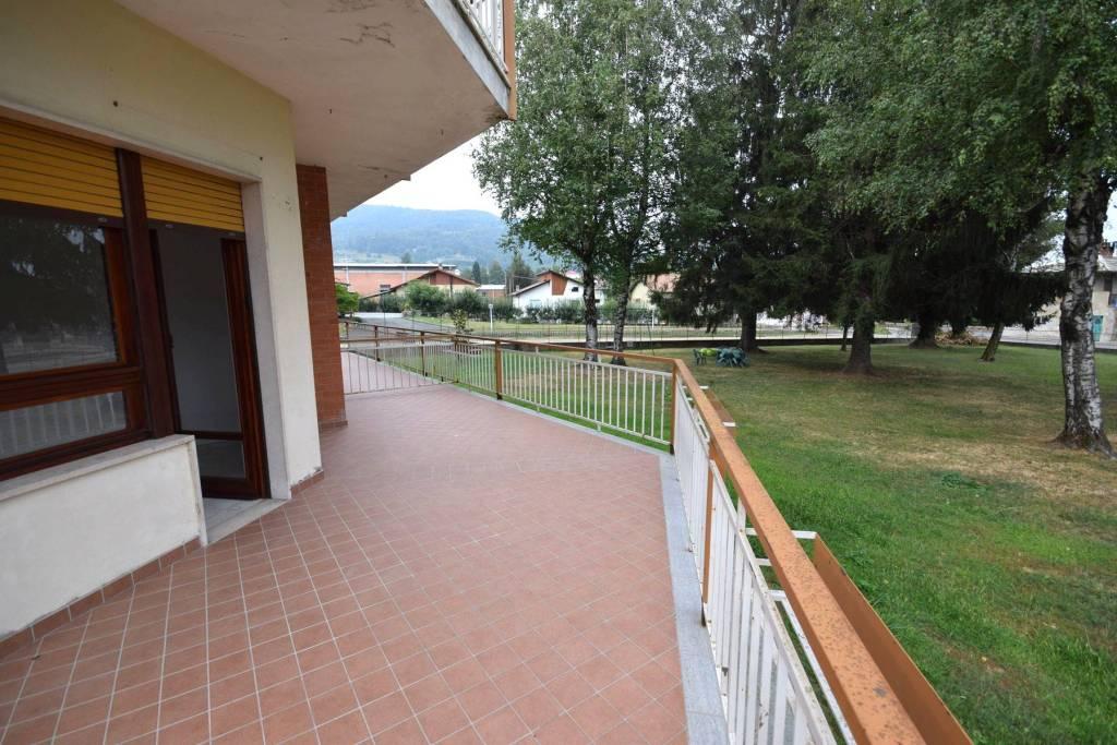 Appartamento in buone condizioni in affitto Rif. 7677880