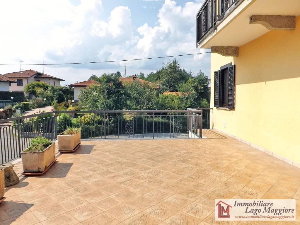Appartamento in buone condizioni arredato in affitto Rif. 7676269