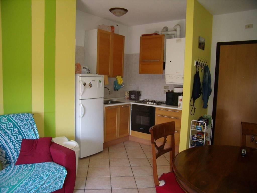 Appartamento in ottime condizioni arredato in vendita Rif. 7676308