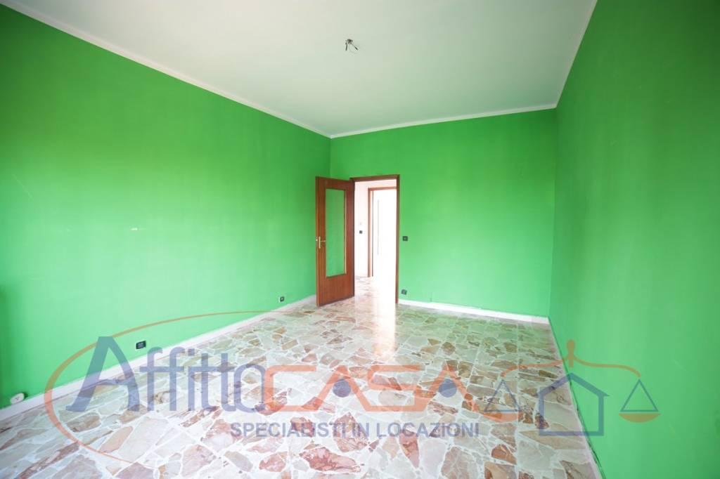 Appartamento in buone condizioni in affitto Rif. 7452913