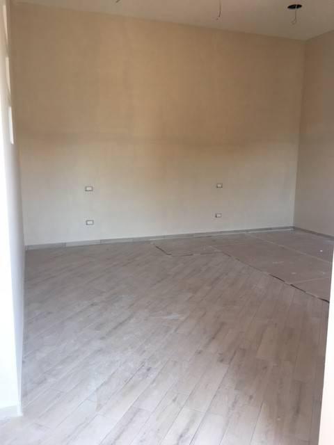 Appartamento in ottime condizioni in affitto Rif. 7692682