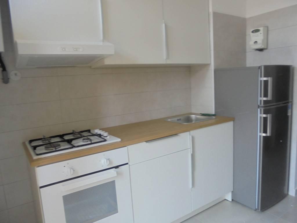 Appartamento in ottime condizioni arredato in affitto Rif. 7689651