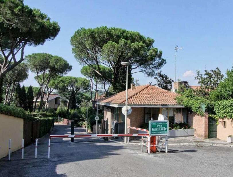 Appartamento in vendita a Roma, 7 locali, prezzo € 1.100.000 | CambioCasa.it