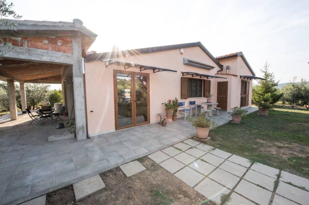 Rustico / Casale in ottime condizioni parzialmente arredato in vendita Rif. 4871221