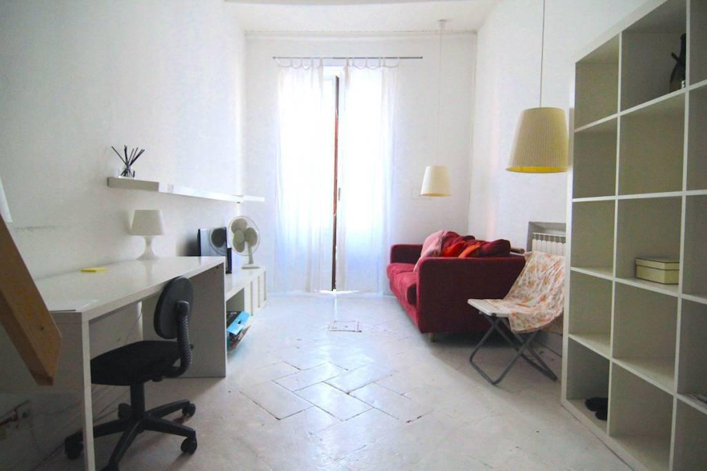 Appartamento in ottime condizioni arredato in affitto Rif. 7611374