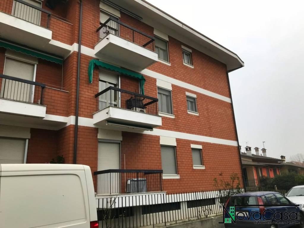 Appartamento da ristrutturare in vendita Rif. 7703265
