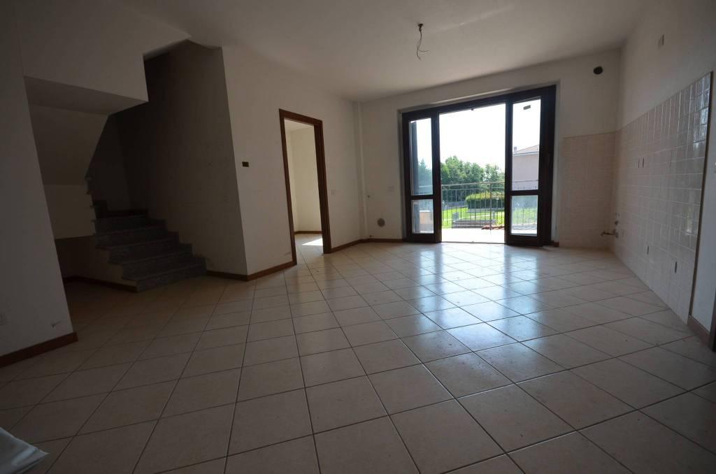 Appartamento in vendita Rif. 7704563