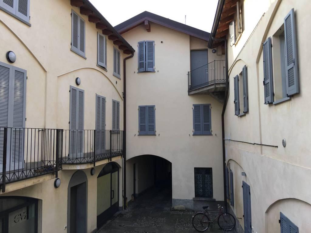 Appartamento in vendita a Merate, 3 locali, prezzo € 118.000 | PortaleAgenzieImmobiliari.it