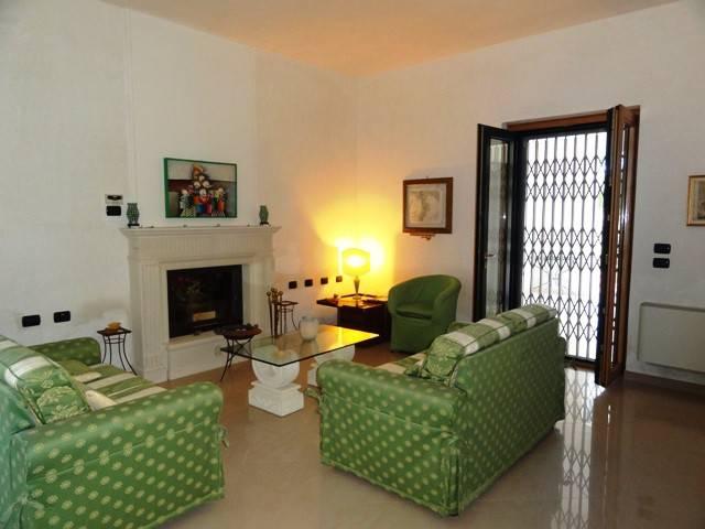 Villa in Vendita a Giurdignano Periferia: 5 locali, 230 mq