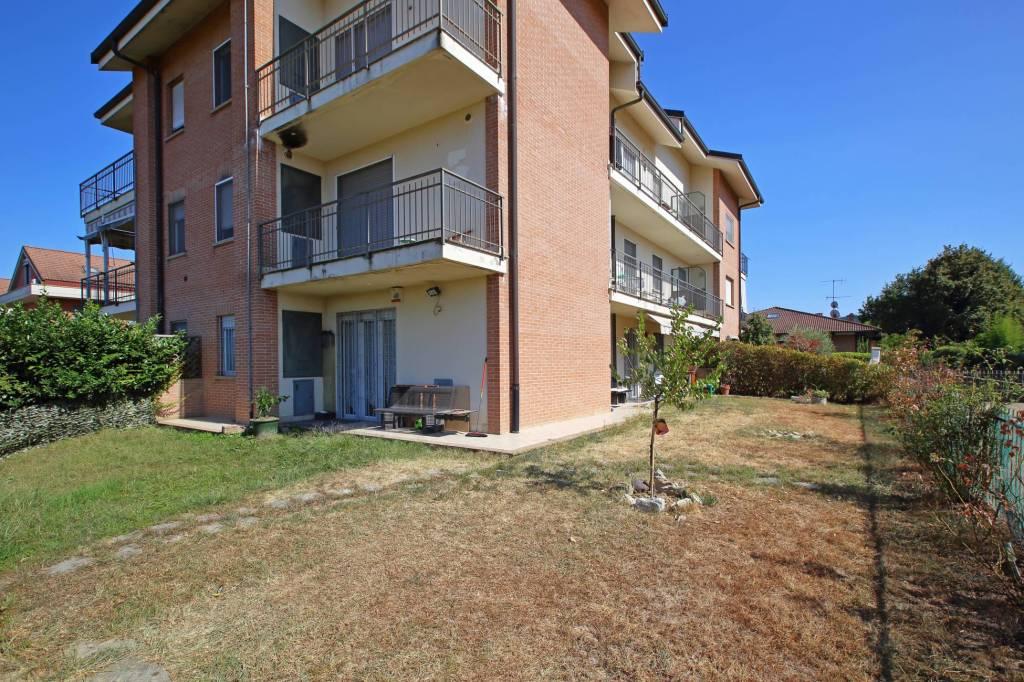 Appartamento in ottime condizioni in vendita Rif. 7704776