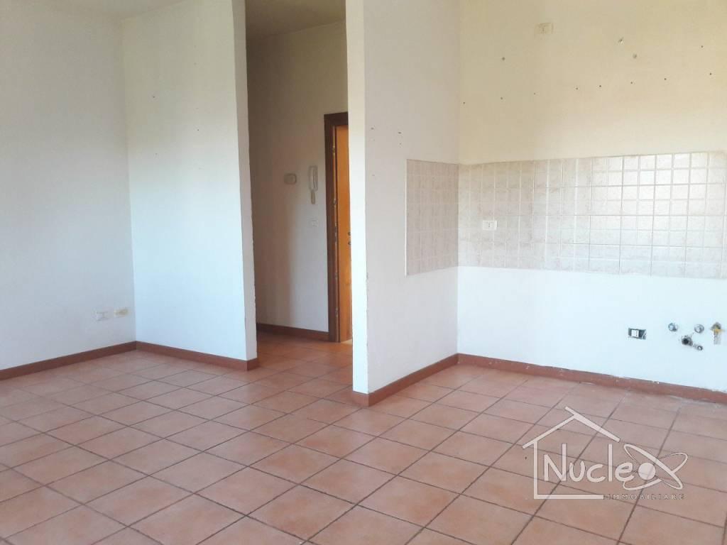 Appartamento in buone condizioni in vendita Rif. 7707304