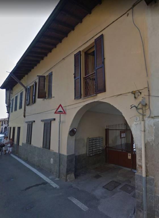 Appartamento in buone condizioni in vendita Rif. 8640680