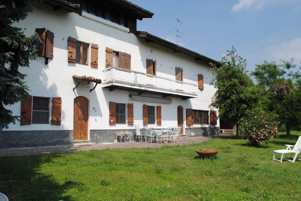 Rustico / Casale in vendita a Olivola, 8 locali, prezzo € 300.000 | PortaleAgenzieImmobiliari.it
