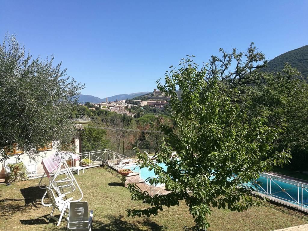 Appartamento in affitto a Spoleto, 4 locali, prezzo € 500   CambioCasa.it