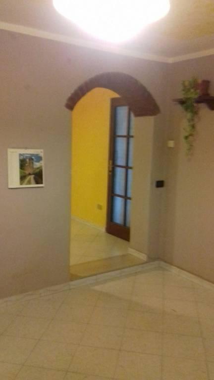 Appartamento in buone condizioni in vendita Rif. 7723620