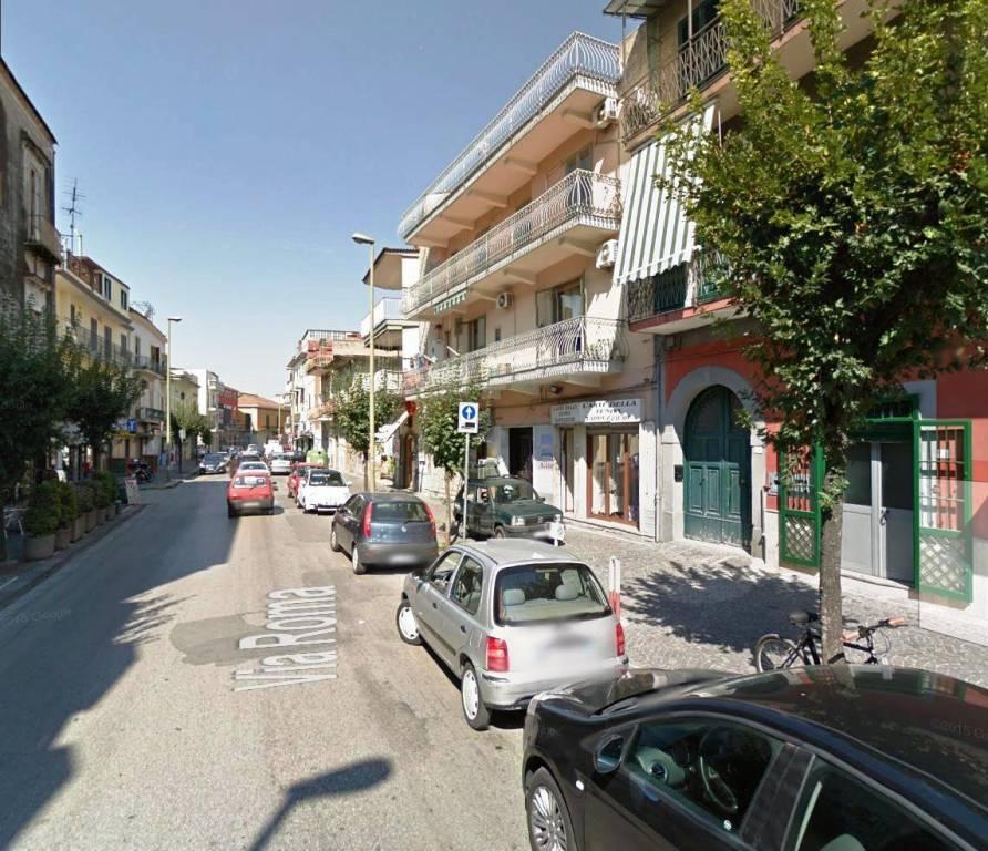 Appartamento in buone condizioni in affitto Rif. 7720032