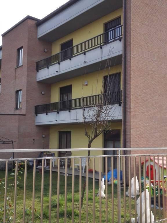 Appartamento in ottime condizioni in affitto Rif. 7719549