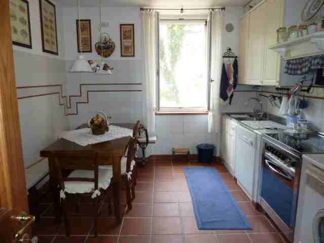 Appartamento in ottime condizioni arredato in vendita
