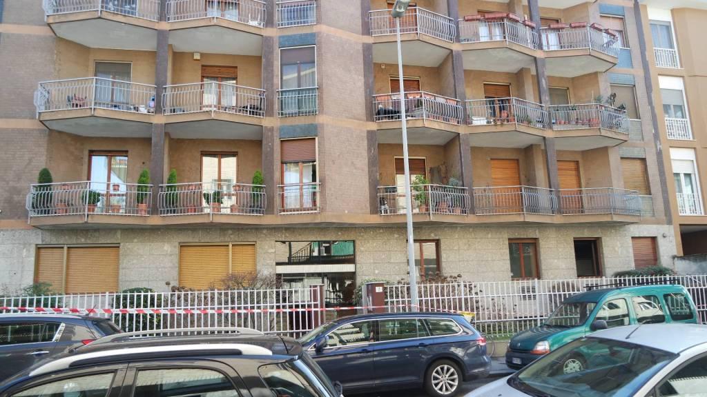 Appartamento in buone condizioni parzialmente arredato in vendita Rif. 7845154