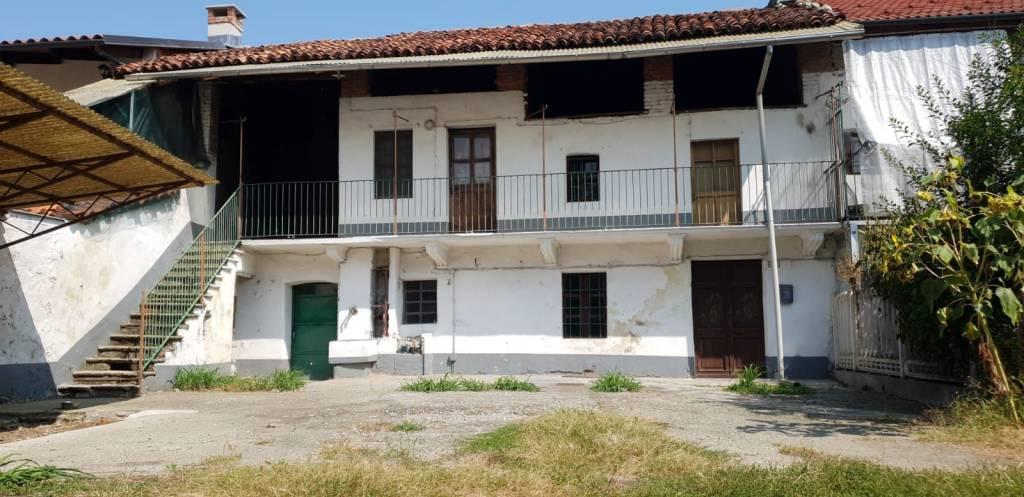 Foto 1 di Rustico / Casale vicolo San Martino 16, Leinì
