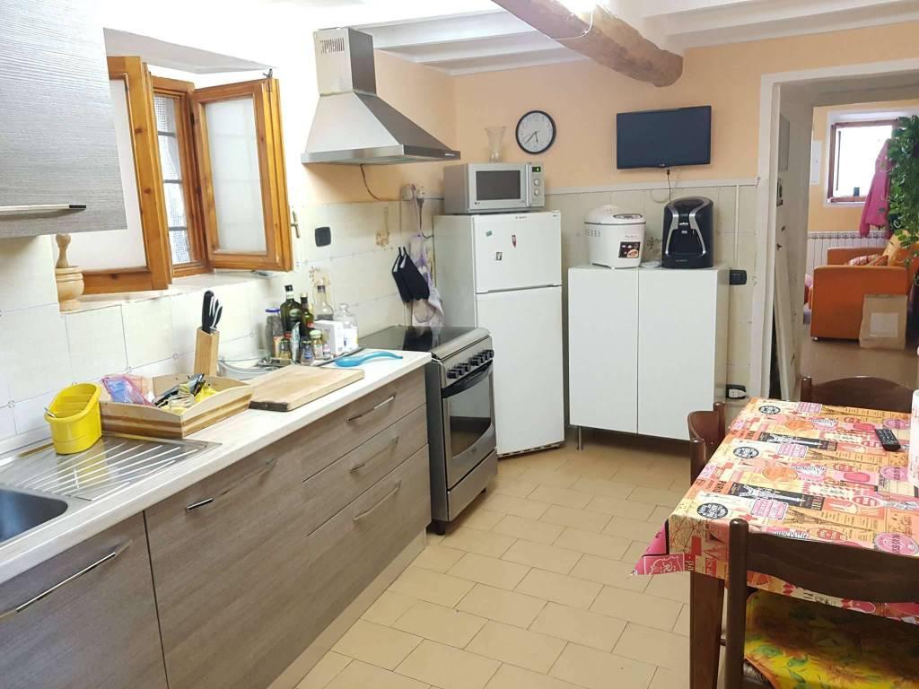 SIGNA - ZONA CASTELLO - 3 VANI SU DUE LIVELLI CON INGRESSO INDIPENDENTE