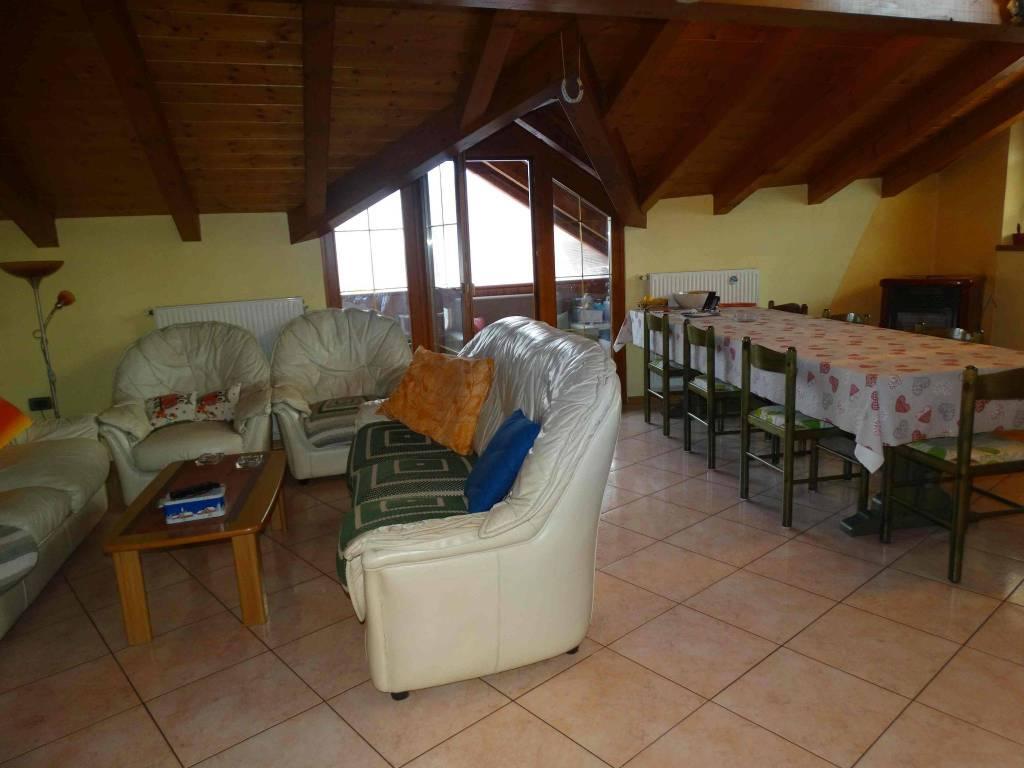 Casa Indipendente in ottime condizioni arredato in vendita Rif. 7721718