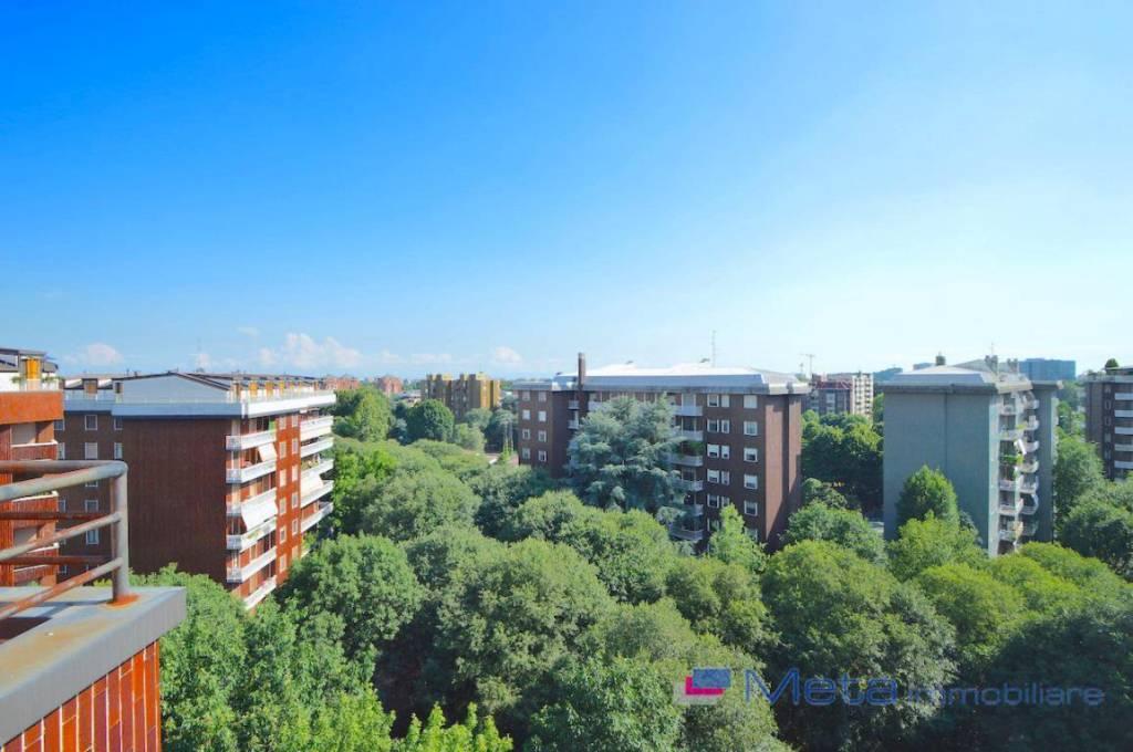 Appartamento in ottime condizioni in affitto Rif. 7734812