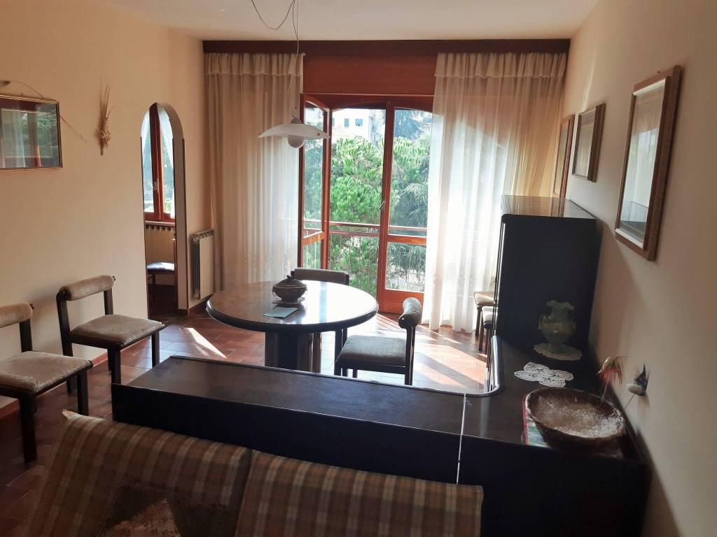 Appartamento in vendita a Ospedaletti, 3 locali, prezzo € 280.000 | CambioCasa.it