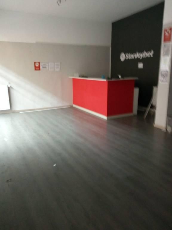 CORSO DELLA VITTORIA negozio 2 vetrine Rif. 7736434