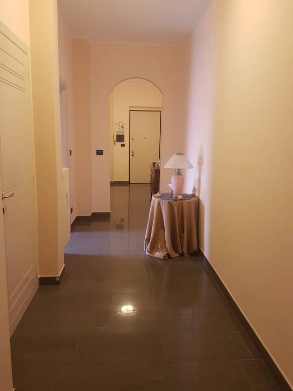 Appartamento in ottime condizioni in vendita Rif. 7735398