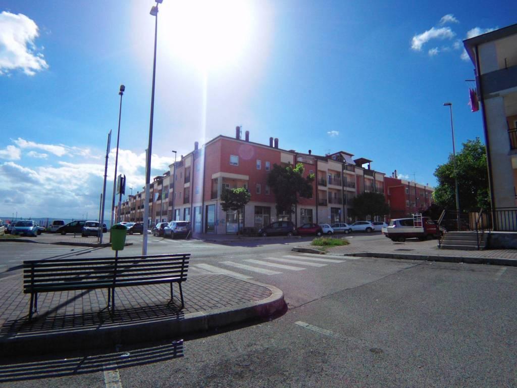 Locale commerciale - piazza delle costellazioni Rif. 7733974