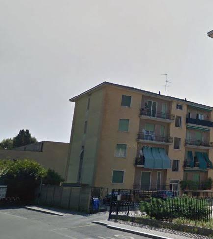 Appartamento in buone condizioni in vendita Rif. 8640689