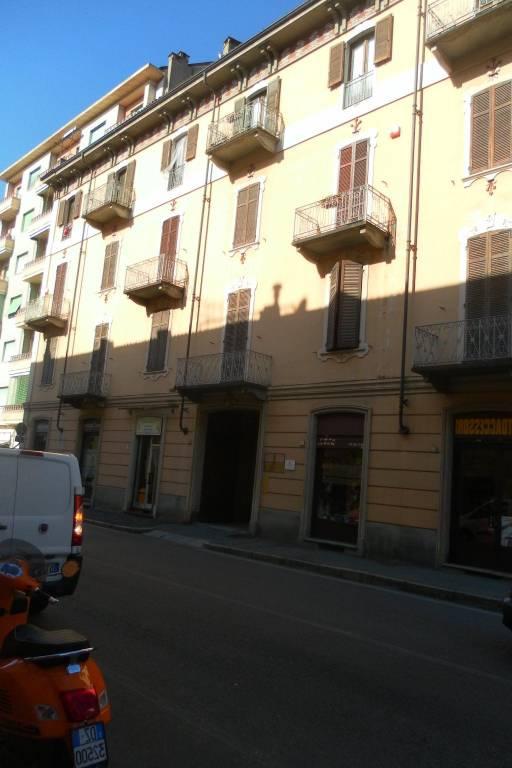 Appartamento in buone condizioni arredato in affitto Rif. 7733002